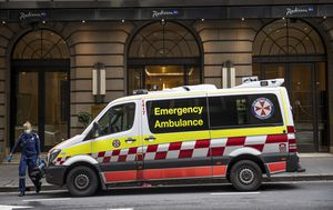 NSW police officer self-isolating after entering room of traveller in hotel quarantine