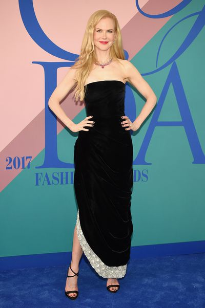 Nicole Kidman in Oscar de la Renta at the 2017 CFDA Awards.