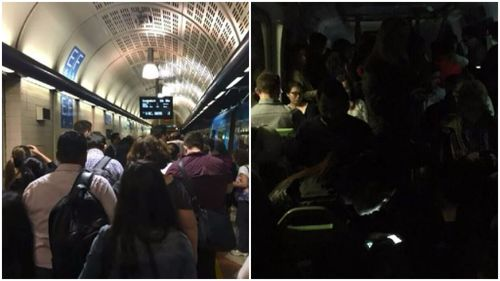 Hundreds of passengers stuck on Melbourne trains for up to two hours in City Loop power failure