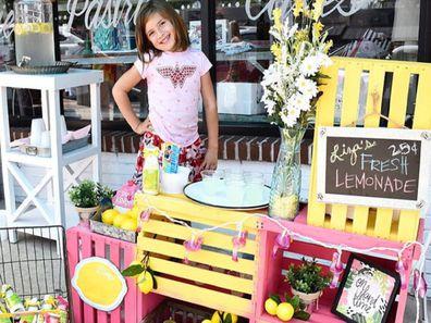 Liza Scott raising money for her own brain cancer surgery family overwhelmed with generosity