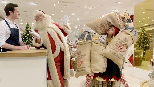 London department store put Christmas decorations on display - 143 days early