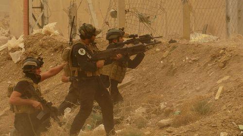 Shi'ite militias converge on Iraq's Ramadi to fight ISIL