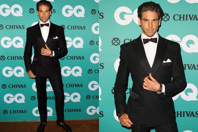 Didier Cohen knows to rock a suit... and a tan.