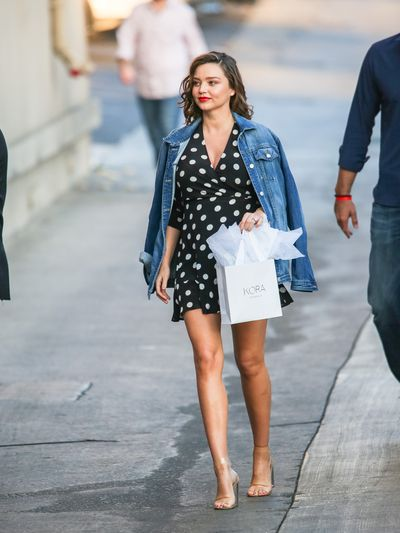 <p>Make like Miranda Kerr in a pair of block heels that won't compromise your comfort and style.</p> <p>&nbsp;</p>