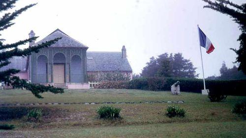 Island where Napoleon exiled set to receive tourist flights