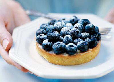 """<a href=""""http://kitchen.nine.com.au/2016/05/19/19/52/serge-dansereau-blueberry-vanilla-tart"""" target=""""_top"""">Serge Dansereau's blueberry vanilla tart</a>"""