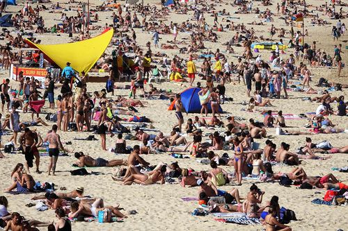 Crowds will no doubt flock to Coogee Beach in Sydney with the warm temperatures on the way. (AAP)
