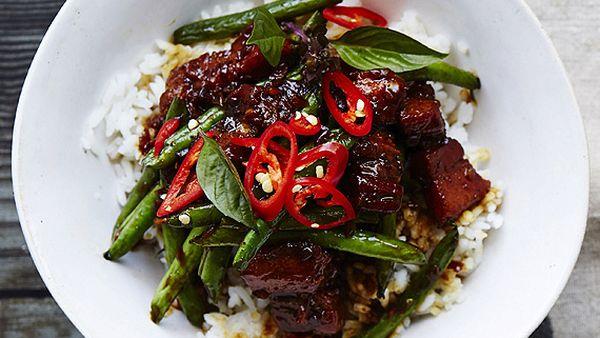 Asian caramel pork with green beans
