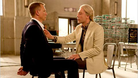 James Bond bisexual? Daniel Craig, Javier Bardem reveal homoerotic <i>Skyfall</i> scene