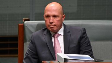 Peter Dutton had dinner with a Chinese billionaire with ties to the Communist Party.