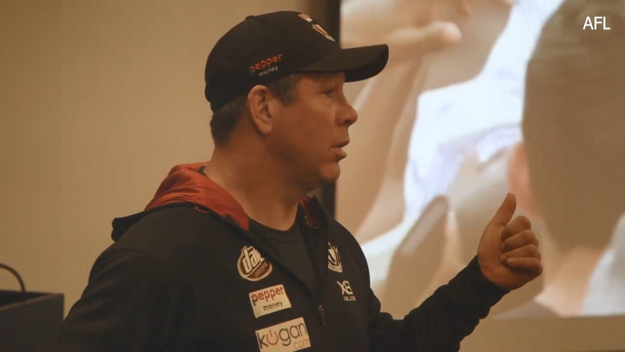Brett Ratten uses Eliud Kipchoge to inspire St Kilda players during pre-season