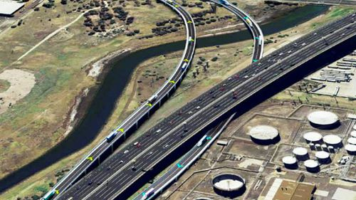 Victorian government defends West Gate truck plan