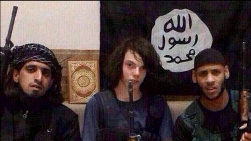 Melbourne jihadi teen's radicalisation played out online