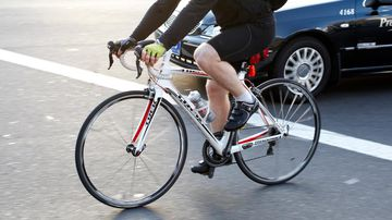Cyclists could be allowed to treat traffic lights as Give Way signs. (AAP)