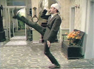 John Cleese, Basil Fawlty, Fawlty Towers, episode, The Germans