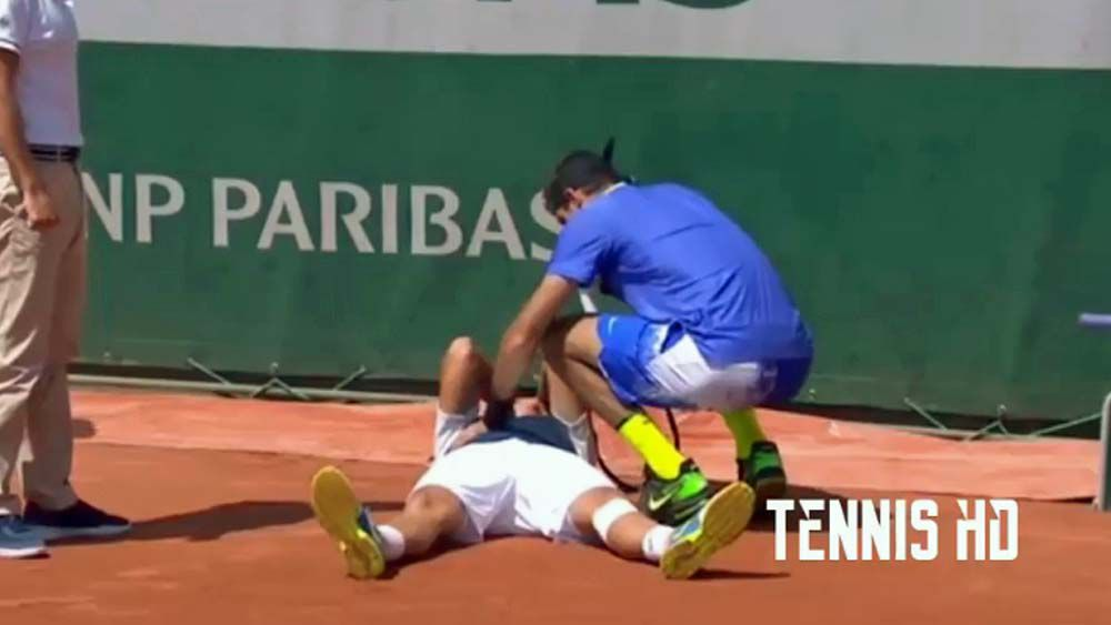 Nicolas Almagro reduced to tears as injury forces him to withdraw from French Open