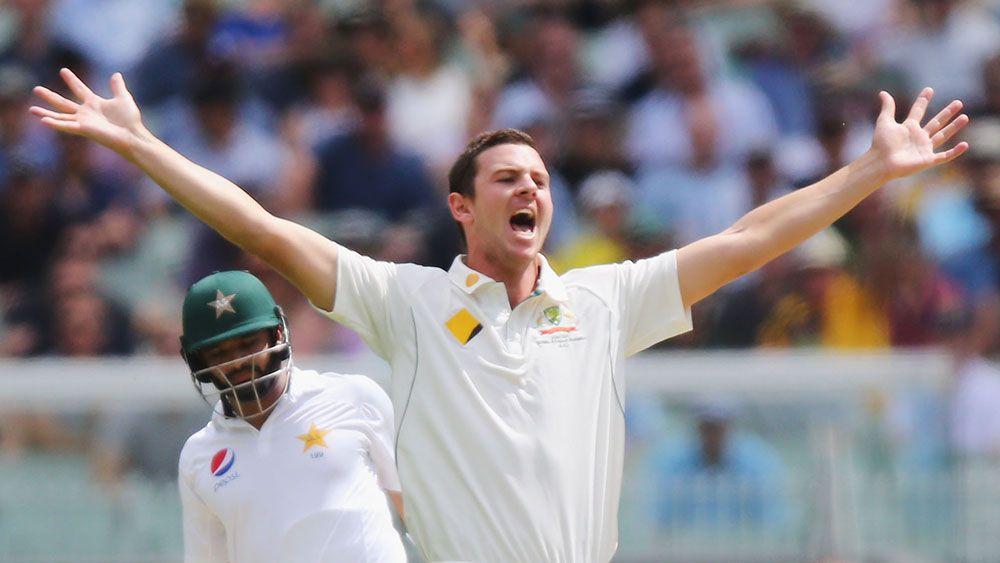 Australia take honours at MCG before rain
