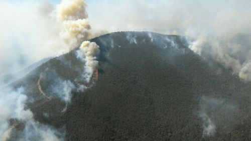 Dangerous bushfire raging out-of-control in East Gippsland