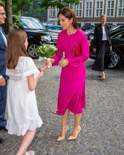 Princess Mary of Denmark seen without her engagement ring and wedding ring