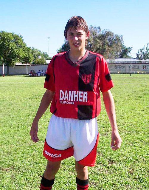 This 2005 photo courtesy of Diario El Littoral de Santa Fe shows Argentine soccer player Emiliano Sala at his Club Atletico Social San Martin in Progreso, Santa Fe, Argentina.