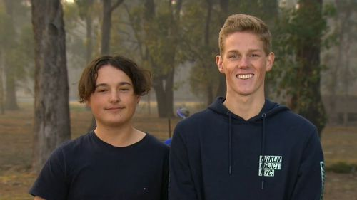 Jack Donnelly and Nick Heath, both 19, were riding their motorbikes when they spotted the roo. (9NEWS)