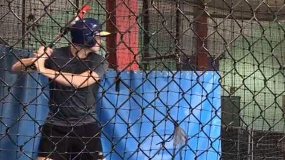 Steve Smith gives baseball a go as Cricket Australia pay dispute rolls on