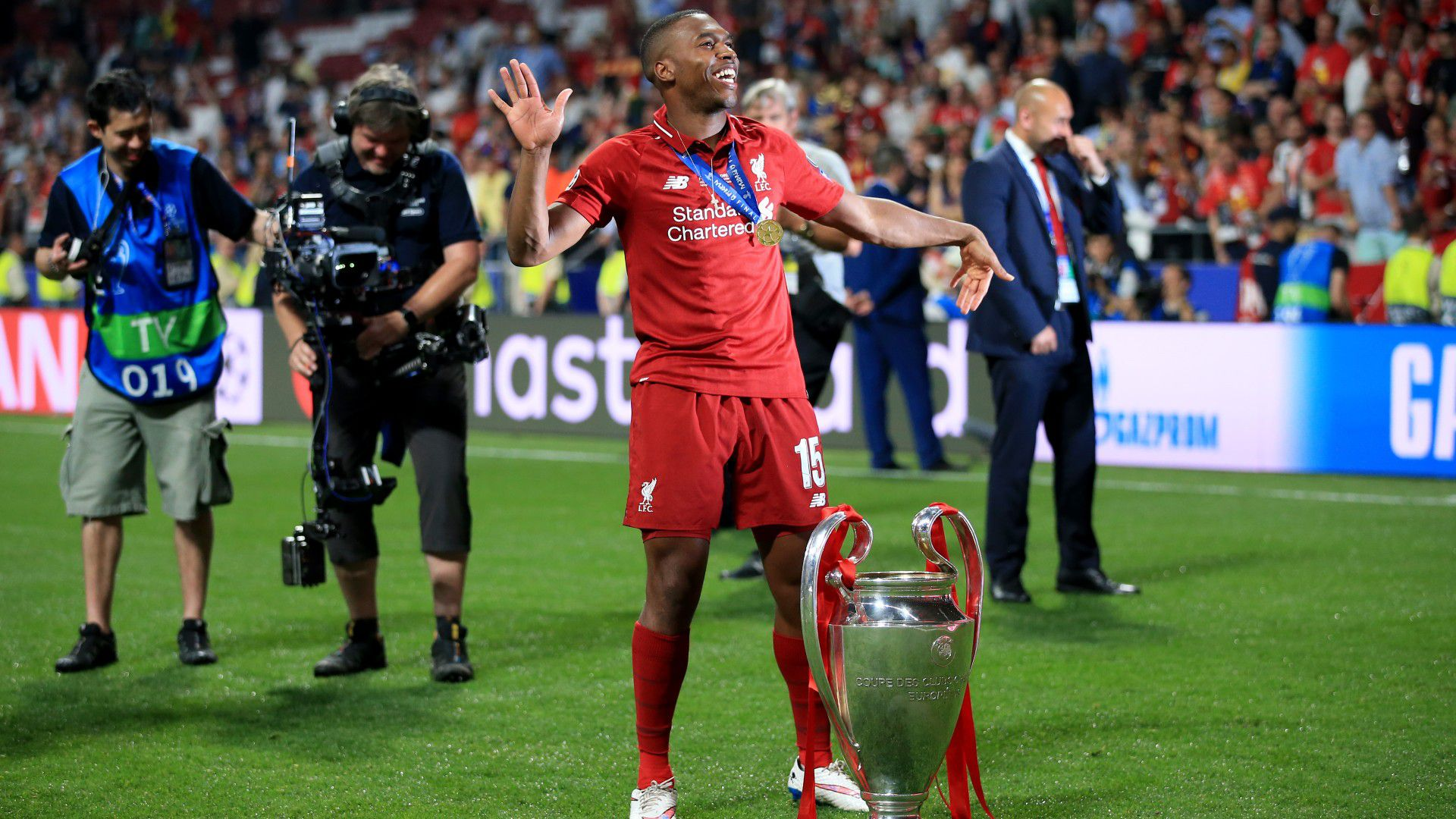 Perth Glory announce signing of former Liverpool striker Daniel Sturridge