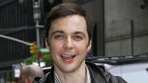 <i>Big Bang Theory</i> star comes out as gay
