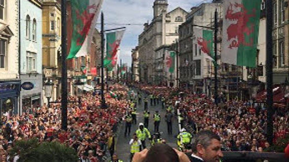 Wales football team receives hero's welcome
