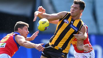 AFL draw in disarray as COVID-19 spike hits