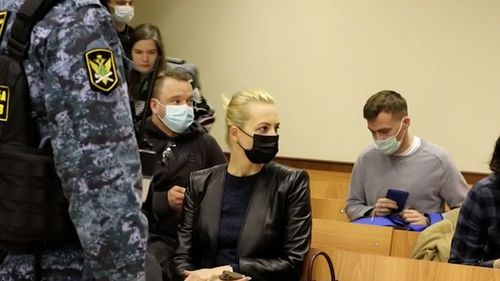 Mr Navalny spoke with his wife, Yulia Navalnya, who was physically present in court, telling her details about his weight and what he last ate.