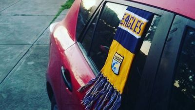 With one day to go until the grand final fans have begun to show their support for their teams every way they can. (Instagram: @bradpaull80)