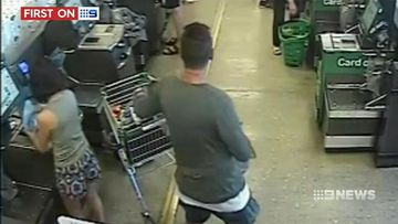 VIDEO: Melbourne woman robbed of hundreds of dollars while using supermarket self-checkout