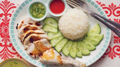 "<a href=""http://kitchen.nine.com.au/2017/05/26/15/46/pohs-hainanese-chicken-rice"" target=""_top"">Poh's Hainanese chicken rice</a> recipe"