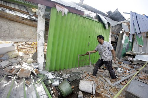 Lombok and the nearby Gili Islands were struck by the 7.0 magnitude earthquake on Sunday, which crumbled houses and flattened buildings. Picture: AAP.