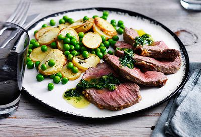 Lamb mini roast with potatoes