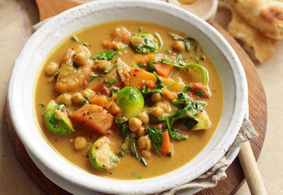 Dhal and paneer vegetable curry