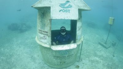 Vanuatu: Port Vila Underwater Post Office