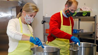 The Earl and Countess of Wessex help cook meals for families in need - December 2020