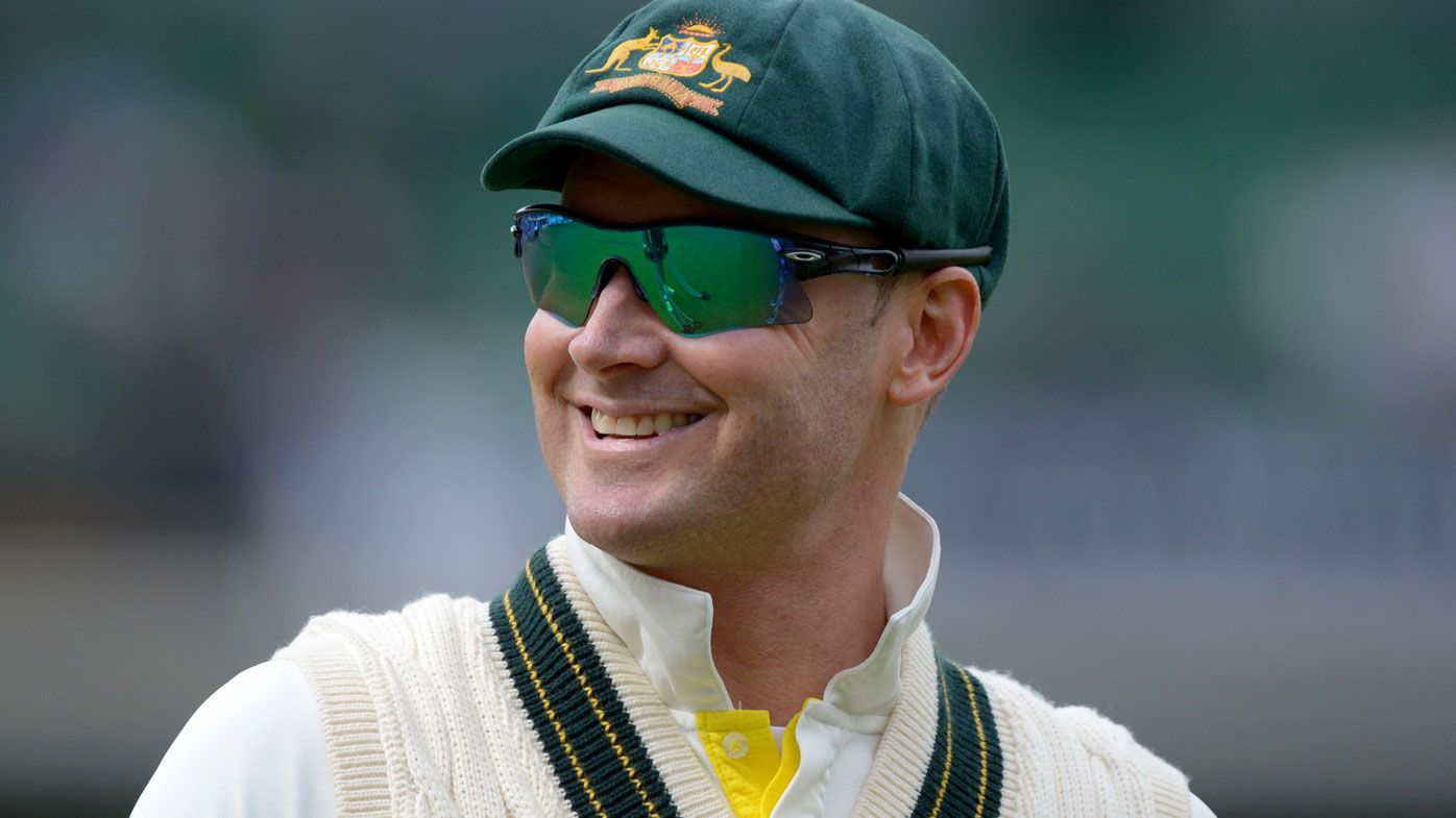 Former Test skipper Michael Clarke offers to rescue Australia over ball tampering crisis
