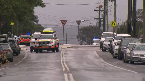 NSW Police have confirmed they do not believe the man was at the hospital specifically to target authorities.