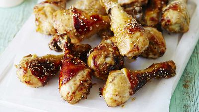 "<strong>Recipe: <a href=""https://kitchen.nine.com.au/2017/04/18/12/17/asian-style-chicken-drumsticks"" target=""_top"">Asian style chicken drumsticks</a></strong>"