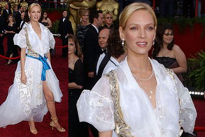 Arrrr, 'tis a fine frock for a pirate's wench but not so fine for the 2004 Academy Awards.