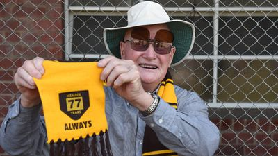 David Featherstone has been a member for 77 years, in addition to playing for the club in the early 1950s. (AAP)