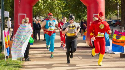 The fun run, which included a 4km and 8km course, took place in the Melbourne Botanical Gardens and helped kick off World Autism Month. (Irabina)