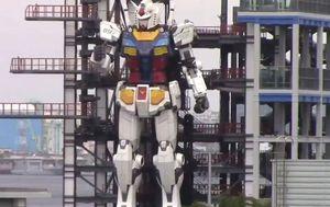 Giant robot walks in Japanese test