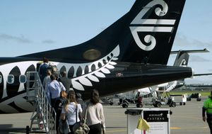Airline boss dashes hopes of travel bubble between Australia and New Zealand