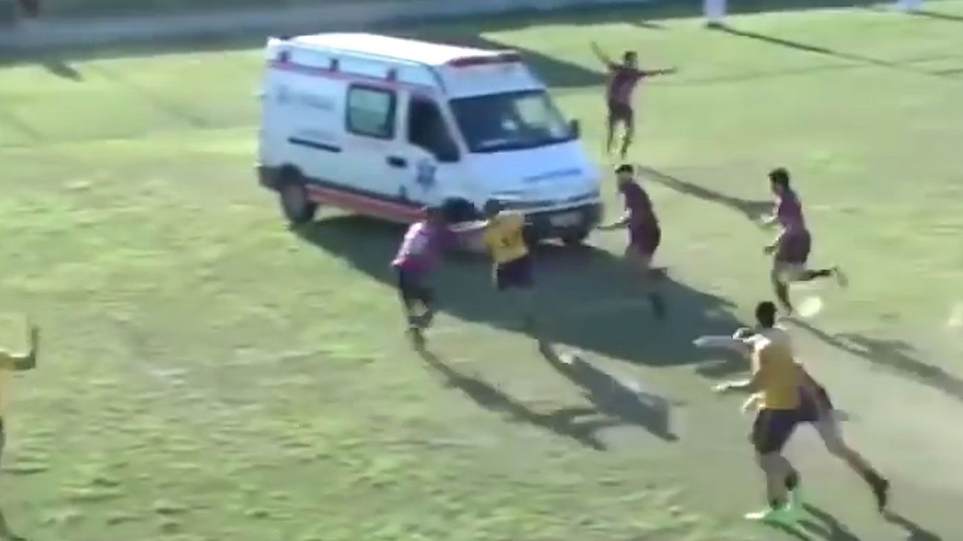 Ambulance interrupts Brazilian national rugby premiership quarter-final