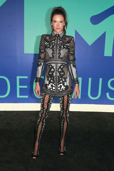 Alessandra Ambrosio in Balmain at the 2017 MTV VMAs in LA, August 27.