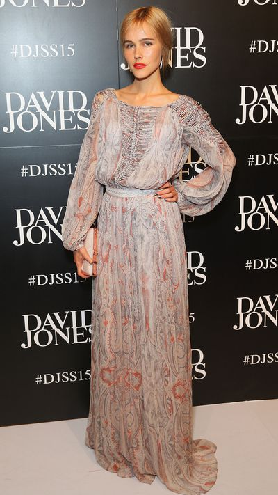 <p>Isabel Lucas in Zimmermann</p>